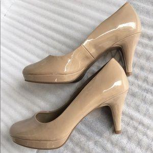 Nude Bandolino Heels Size 6